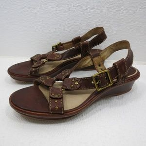 Frye Harness Style Sandals Leather Brass Buckle 9